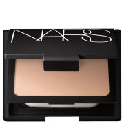 NARS Cosmetics Immaculate Complexion Powder Foundation - Fiji