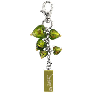 View Quest Intelligent Jewellery 8GB Flash Drive - Green Hearts
