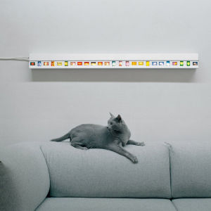 Wall Mounted Photo Slide Light with 25 Slide Spaces