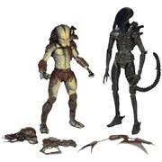 NECA Alien Vs Predator 7 Inch 2-Pack Action Figue With Mini Comic