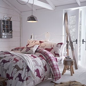 Catherine Lansfield Grampian Stag Brushed Bedding Set - Mulberry
