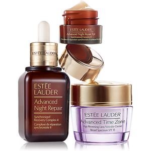 Estée Lauder Anti-Wrinkle Includes a Full-Size Advanced Night Repair