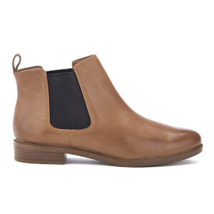 Clarks Women's Taylor Shine Leather Chelsea Boots - Tan