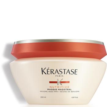 Le masque pour les cheveux le lait pour la densité