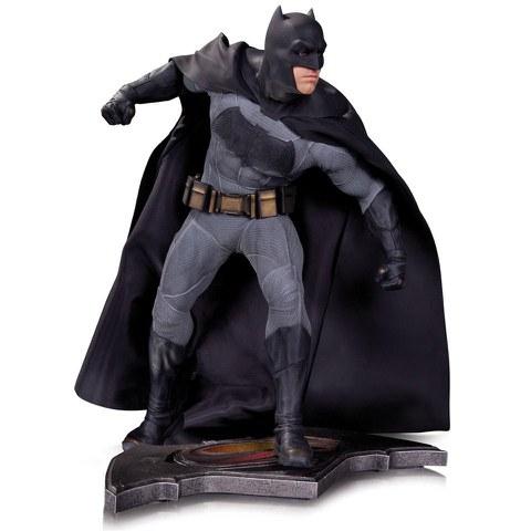 DC Collectibles DC Comics Batman Vs. Superman Dawn of Justice Batman Statue