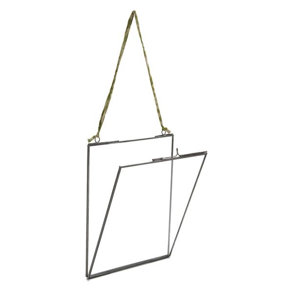 nkuku glas bilderrahmen matt grau 8x10 hochformat sowia. Black Bedroom Furniture Sets. Home Design Ideas