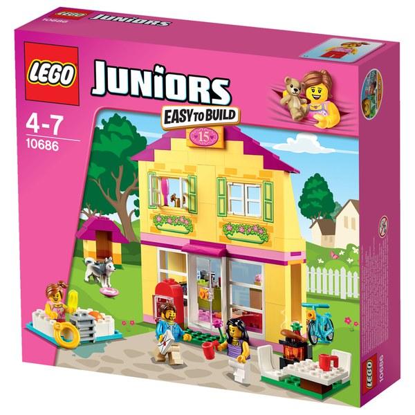 Lego Juniors Family House 10686 Toys Thehut Com