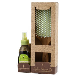 Macadamia Natural Oil Glisten and Gloss Treatment Set worth £42.25 (125ml Healing Oil and Bamboo Brush)