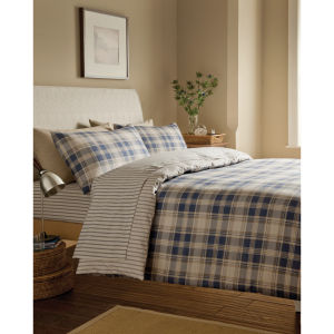 Catherine Lansfield Tartan Fitted Sheet - Navy