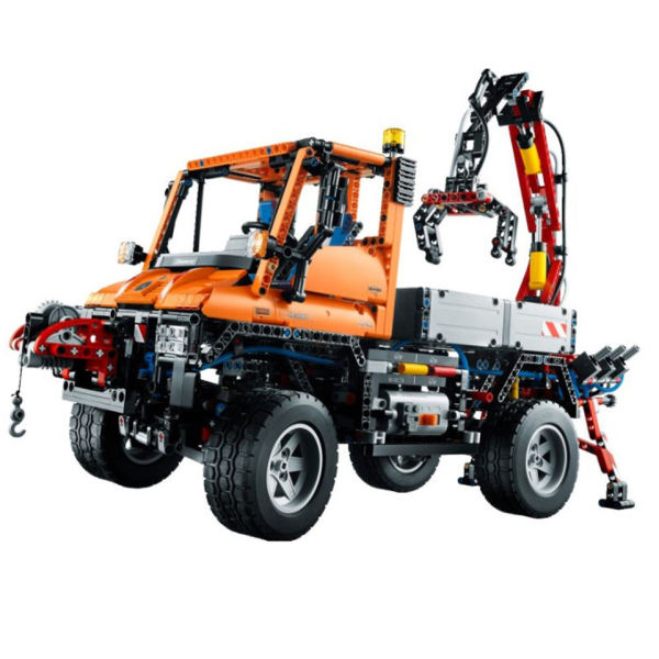 lego technic mercedes benz unimog u 400 8110 iwoot. Black Bedroom Furniture Sets. Home Design Ideas