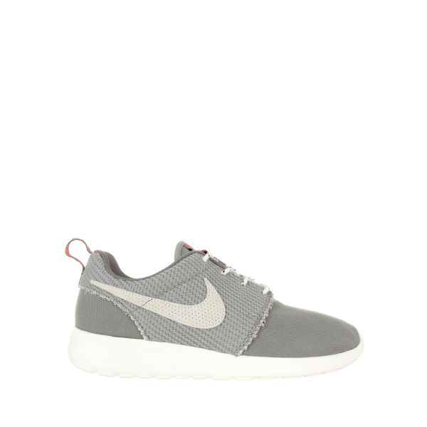 best sneakers 68c9e b6ef6 Nike Mens Roshe Run Canvas Trainers - Medium Grey Image 1