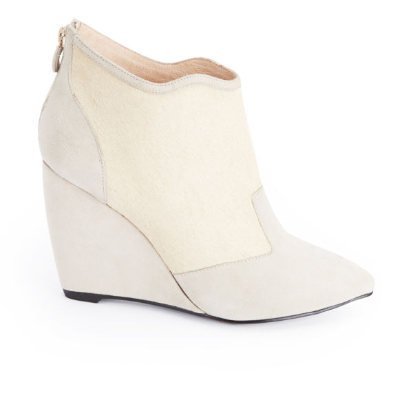 Lola Cruz Women's Two Tone Suede Wedged Shoe Boots - Off White