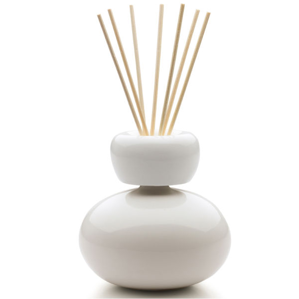 Mr Amp Mrs Baby Ginger Ceramic Fragrance Diffuser White