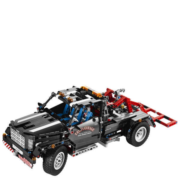 lego technic pick up tow truck 9395 iwoot. Black Bedroom Furniture Sets. Home Design Ideas
