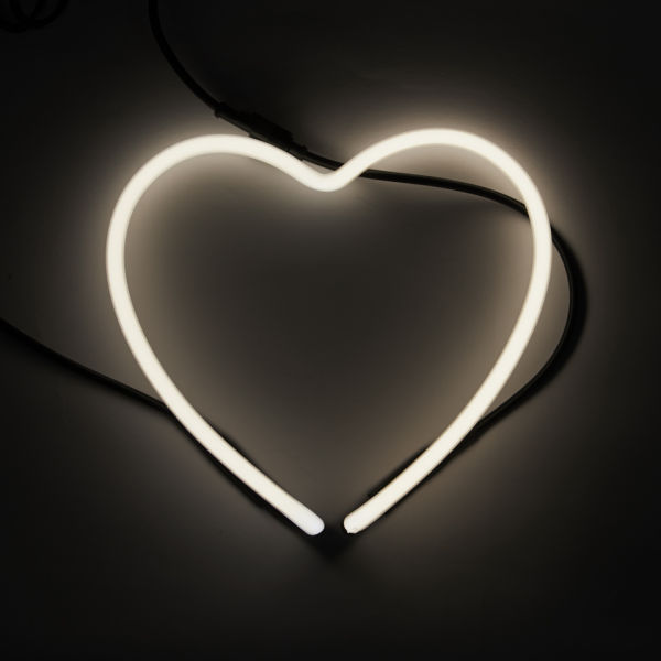 seletti heart neon light free uk delivery over 50