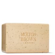 Molton Brown Re-charge Black Pepper Bodyscrub Bar 250g