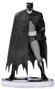 DC Statue Batman Black & White Dave Mazzucchelli 2nd Ed