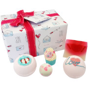 Bomb Cosmetics Jar of Hearts Gift Pack