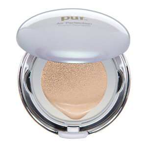PÜR Air Perfection CC Compact Cushion fondotinta con cuscinetto (include una ricarica)