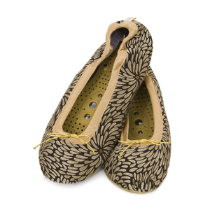 Holistic Silk Massaging Slippers - Svart - L