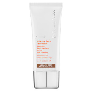 Dr Dennis Gross Skincare Instant Radiance Sun Defense Sunscreen Broad Spectrum SPF 40 - Medium-Deep 50ml