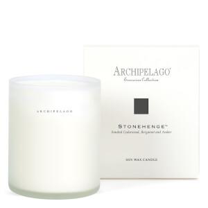 Vela con caja de Archipelago Botanicals - Stonehenge 270 g
