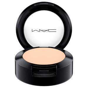 MAC Corretivo Studio Finish SPF 35 (diversos tons)
