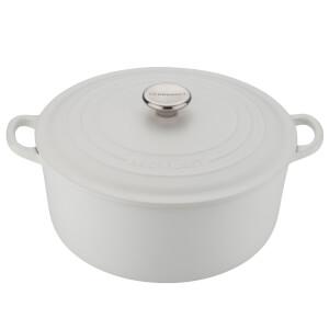 Le Creuset Signature Cast Iron Round Casserole Dish - 28cm - Cotton