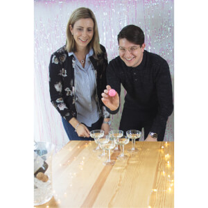 Prosecco Pong Party Game: Image 3