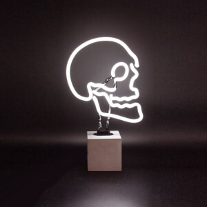 Schädel Neonlicht - Betonsockel
