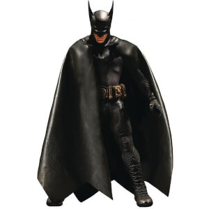 Figurine Batman Mezco Échelle 1/12 Collective Ascending Knight
