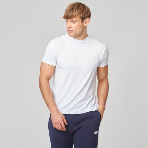 Myprotein Luxe Classic Crew - White