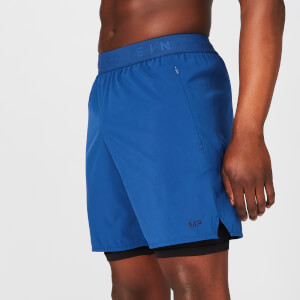 Zweilagige Power Shorts − Marineblau