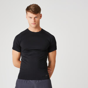 Myprotein Elite Seamless T-Shirt – Black