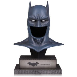 DC Gallery Batman Rebirth Cowl 1:2 Scale Replica Statue 21.6 cm