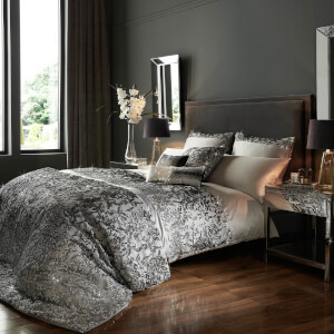 Kylie Minogue Angelina Quilt Duvet Cover - Silver