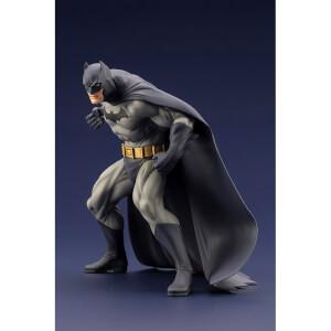 Kotobukiya DC Comics ARTFX+ PVC Statue 1/10 Batman (Batman: Hush) 16 cm