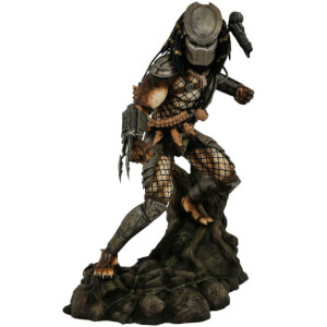 Diamond Select Predator Gallery Jungle Predator Statue