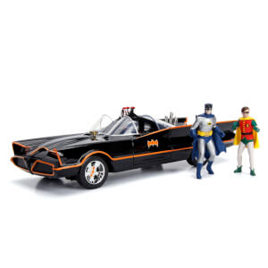 Jada Die Cast 1:18 1966 Batmobile with Figures and Lights