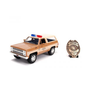 Jada Die Cast 1:24 Stranger Things Hopper's Chevy Blazer with Sheriff's Badge