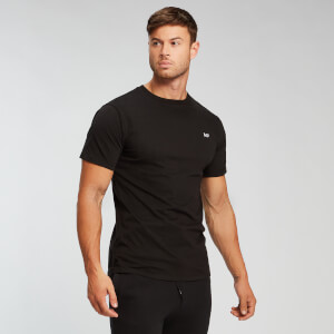 Camiseta Essentials - Negro