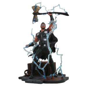 Marvel Gallery Avengers 3 Thor PVC Figure