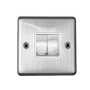 Arlec Metal Screwed 10 Amp 2 Gang 2 Way Switch Polished Chrome