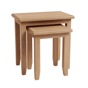 Kea Nest of 2 Tables - Oak