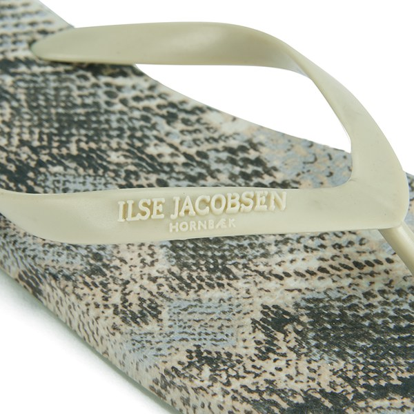 081dfaf97b50 IIse Jacobsen Women s Printed Flip Flops - Sand - Free UK Delivery ...