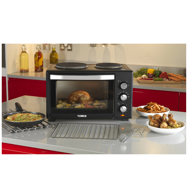 tower t14013 28l mini oven with double hotplates black. Black Bedroom Furniture Sets. Home Design Ideas
