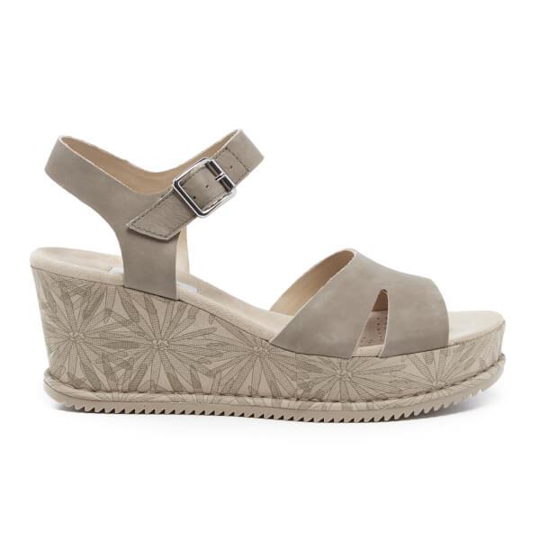 fc0f3e3e6ee Clarks Women s Akilah Eden Leather Wedged Sandals - Sage  Image 1