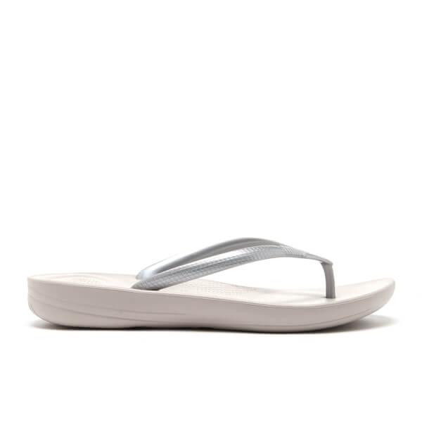 237322066b2c0 FitFlop Women s Iqushion Ergonomic Flip Flops - Glitter Silver  Image 3