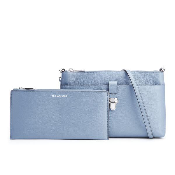 53e89192e199 MICHAEL MICHAEL KORS Women's Mercer Large Snap Pocket Cross Body Bag -  Denim: Image 1