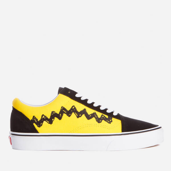 1a4a357f6a Vans X Peanuts Men s Old Skool Trainers - Charlie Brown Black  Image 1